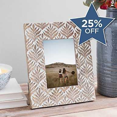 Leaf Pattern Carved Wood Picture Frame