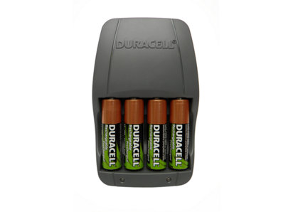 Duracell Battery Charger with 4 AA Batteries