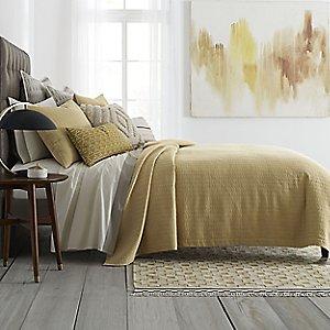 Bedding & Textiles