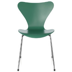 Series 7 Chair - Lacquered by Fritz Hansen