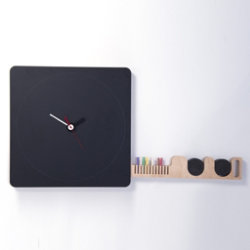 Tabla Blackboard Clock by Diamantini & Domeniconi