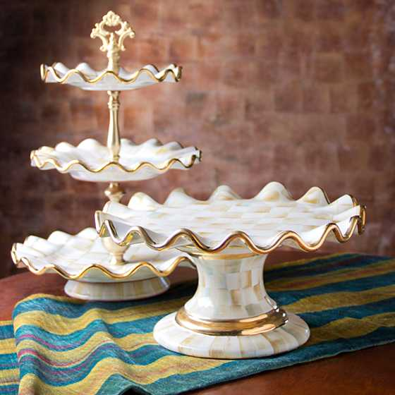 Parchment Check Fluted Cake Stand