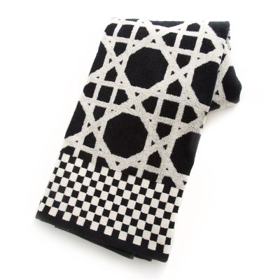 Trellis Bath Towel - Black