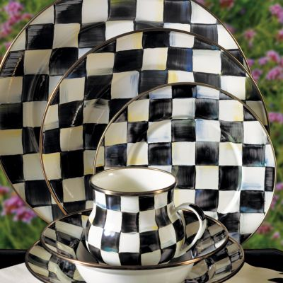 Courtly Check Dinnerware