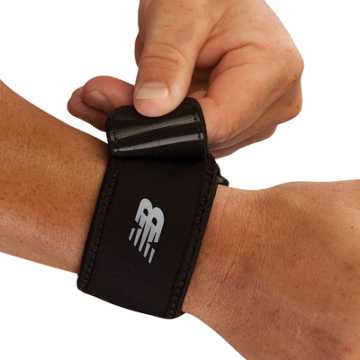 New Balance Adjustable Wrist Support, Black