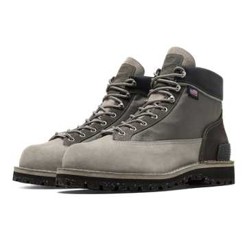 New Balance Danner Light x NB, Grey with Black