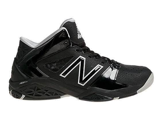 New Balance 82, Black with White
