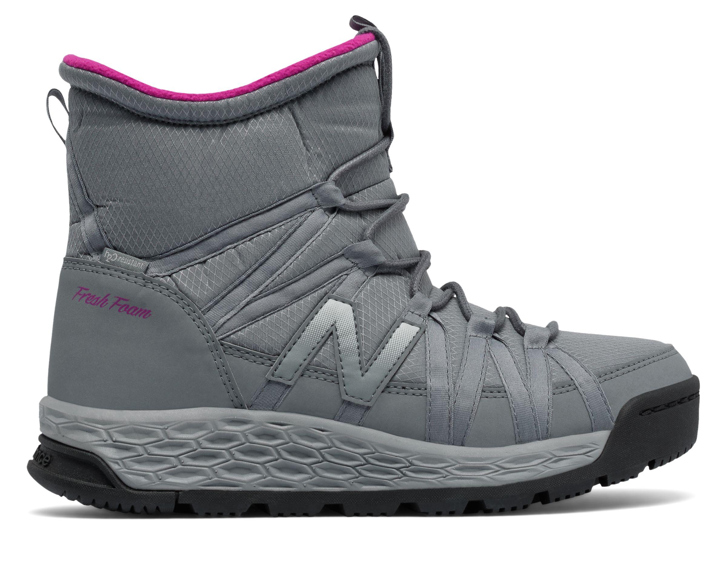 New Balance : Fresh Foam 2000 Boot : Women's Hiking & Walking : BW2000GR