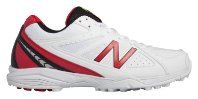 New Balance 4020V2 Men's Cricket Shoes | CK4020R2