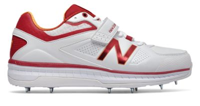 Image of New Balance 4040v3 Men's Cricket Shoes | CK4040R3
