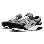 New Balance 1600, Grey with Black