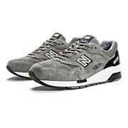 Wanted 1600, Grey