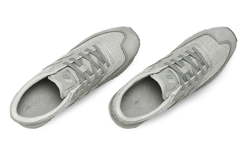 New Balance Grey And Pink 620