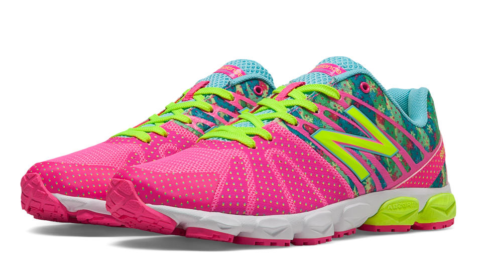 new balance kids running shoes