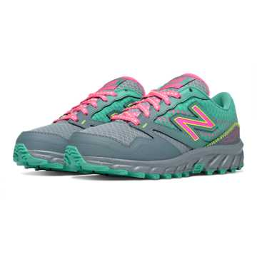 New Balance New Balance 690 Trail, Green with Pink