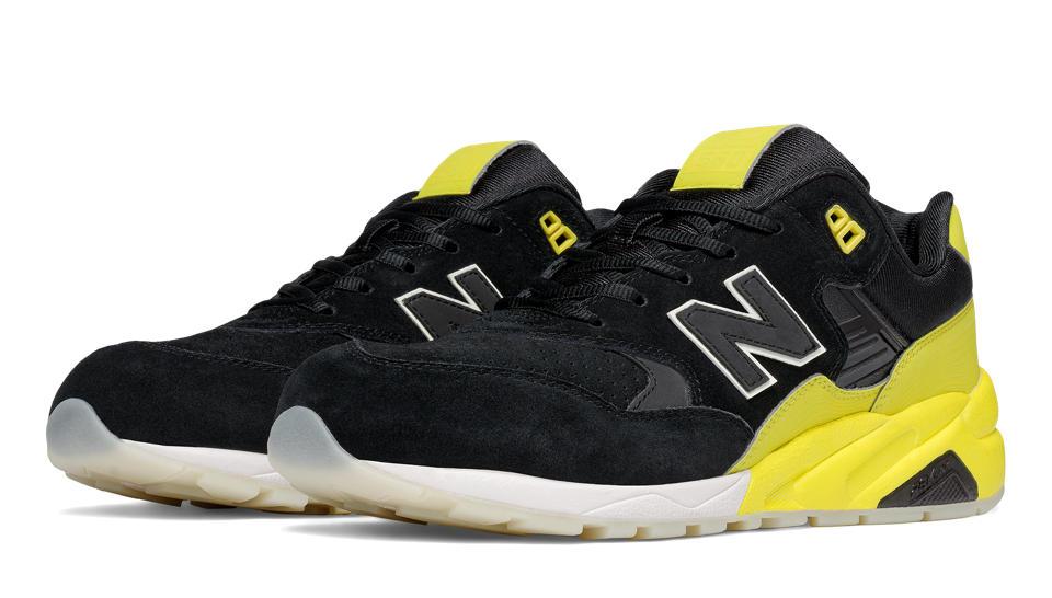 New Balance 580 Black Yellow