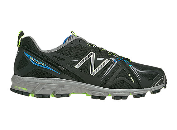 New Balance 610v2, Black with Silver