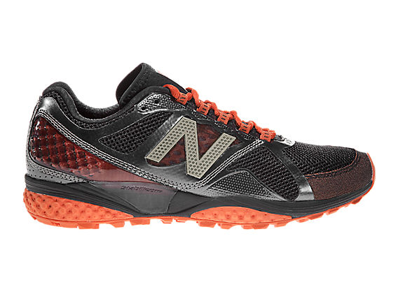 New Balance 915, Black with Orange