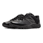 Low-Cut 950v2 Umpire, Black with Black