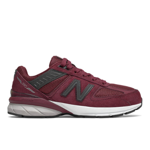 With a suede/mesh upper, cushioned midsole and durable outsole, the 990v5 for kids provides comfort and support that s perfect for everyday wear.