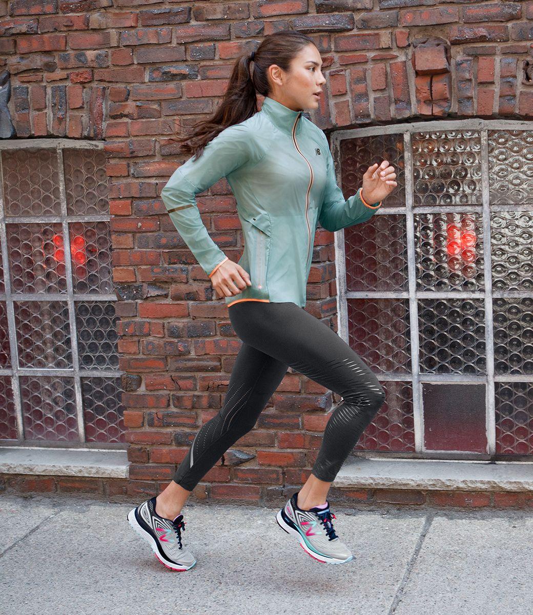 New Balance US Womens April Precision Run 880v7,