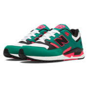 530 90s Running, Wintergreen with Black & Coral Pink