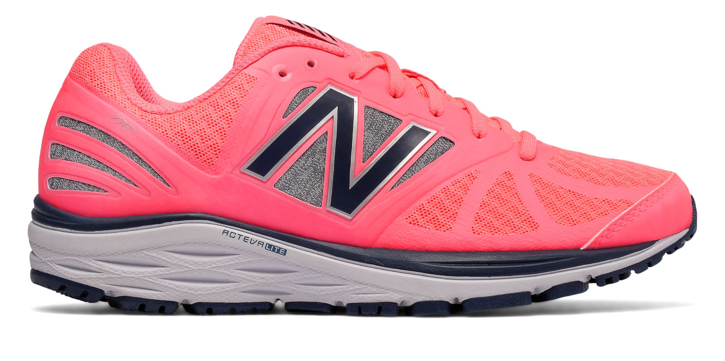 New Balance : New Balance 770v5 : Women's Stability and Motion Control : W770PG5
