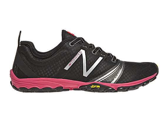 Minimus 20v2 Trail, Black with Berry