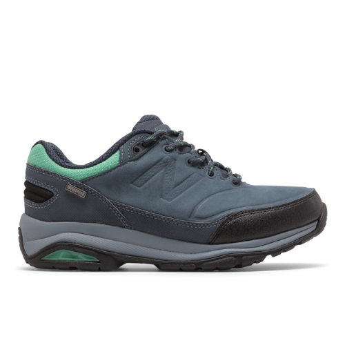 Whether you\\\'re hitting the trail or heading to lunch post hike this women\\\'s outdoor shoe gets the job done with style.