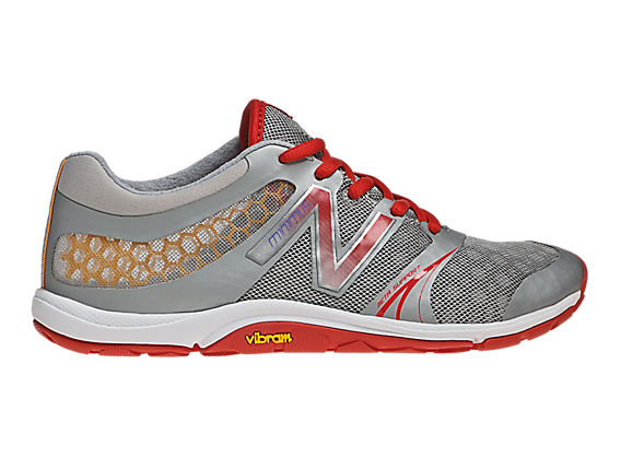 Minimus 20v3 Cross-Training, Silver with Red