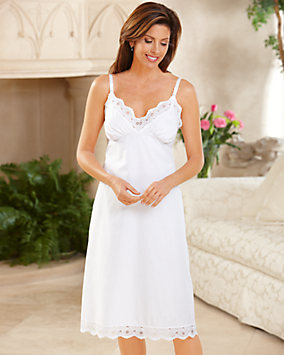Eyelet Trim Full Slip