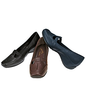 Jaunt Slip-On Shoes