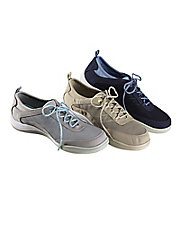 Explore Lace Walking Shoes