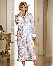 Plush Robe with Dimple Trim
