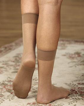 Womens Sheer Nylon Footies 10