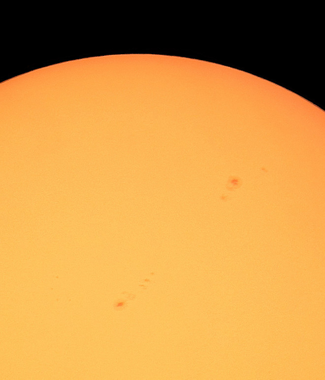 Sunspots AR1484 and 1482