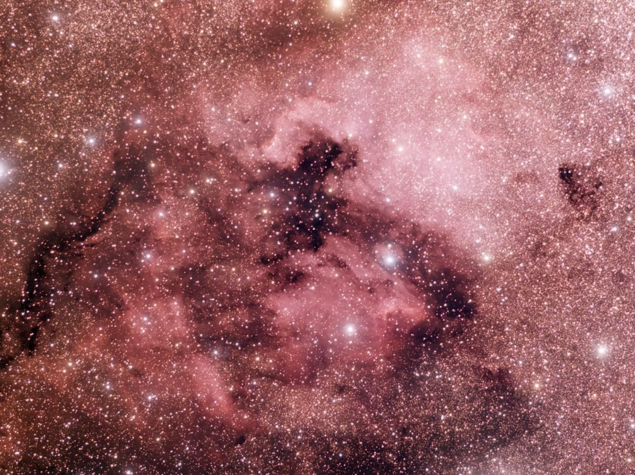 NGC7000 and IC 5070 - North America and Pelican Nebulas