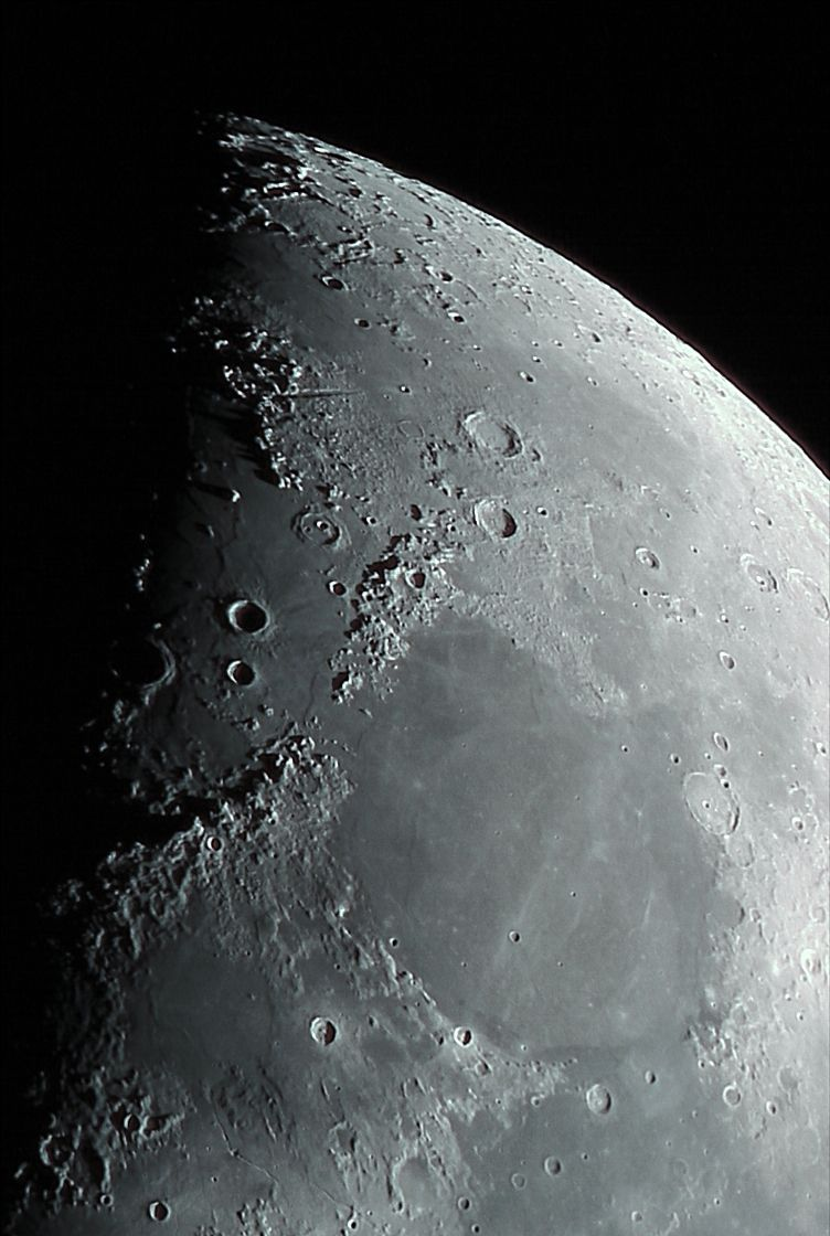 Moon close up astronomy pictures at orion telescopes - Moon close up ...