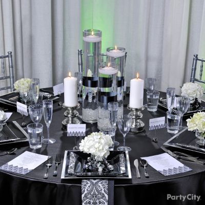 Elegant Black and White Damask Wedding Reception Table Ideas