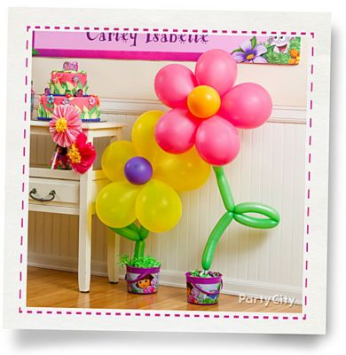 Balloon flower how to party city for Balloon decoration instructions