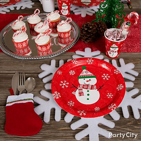 A Flurry of Friendly Christmas Decorating Ideas - Party City
