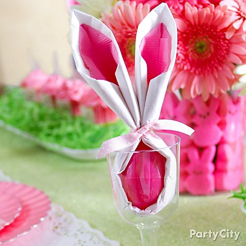 pink and green easter tablescape and centerpiece ideas. Black Bedroom Furniture Sets. Home Design Ideas