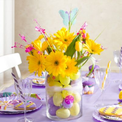 Easter Decorating Ideas: Pretty Purple Tablescapes - Party City
