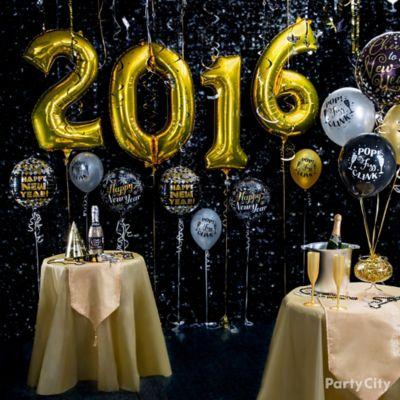 Elegant New Year's Eve Balloon Ideas