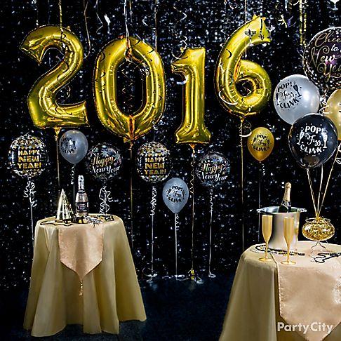 Elegant New Year 39 S Eve Balloon Ideas Party City