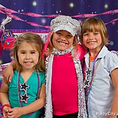 Glitzy Girl Party Dress-Up Ideas