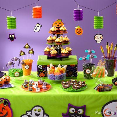 Halloween party ideas party city for Easy kid friendly halloween treats
