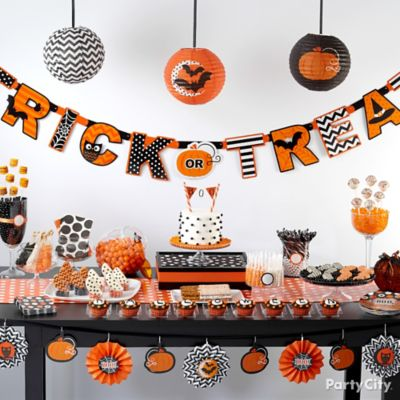 Modern Halloween Sweets and Treats Ideas