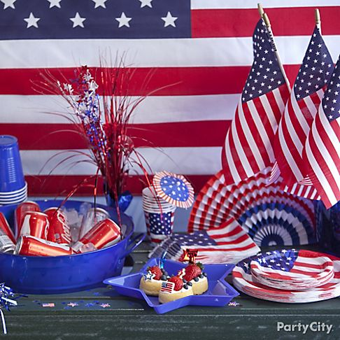 Top patriotic and 4th of july party ideas party city for Patriotic welcome home decorations