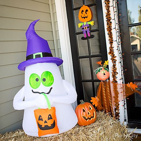 kid friendly halloween decorating party city. Black Bedroom Furniture Sets. Home Design Ideas